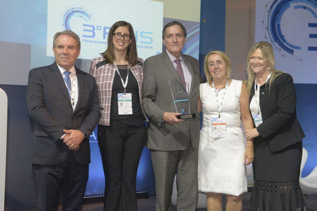 Jarbas Barbosa, da OPAS, recebe Prêmio Dr. Luiz Gastão Rosenfeld