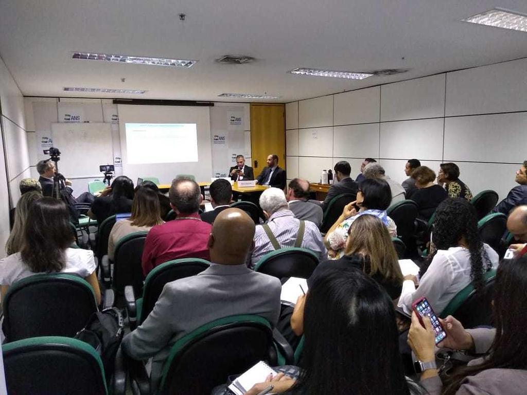 Abramed presente em nova reunião da CATEC