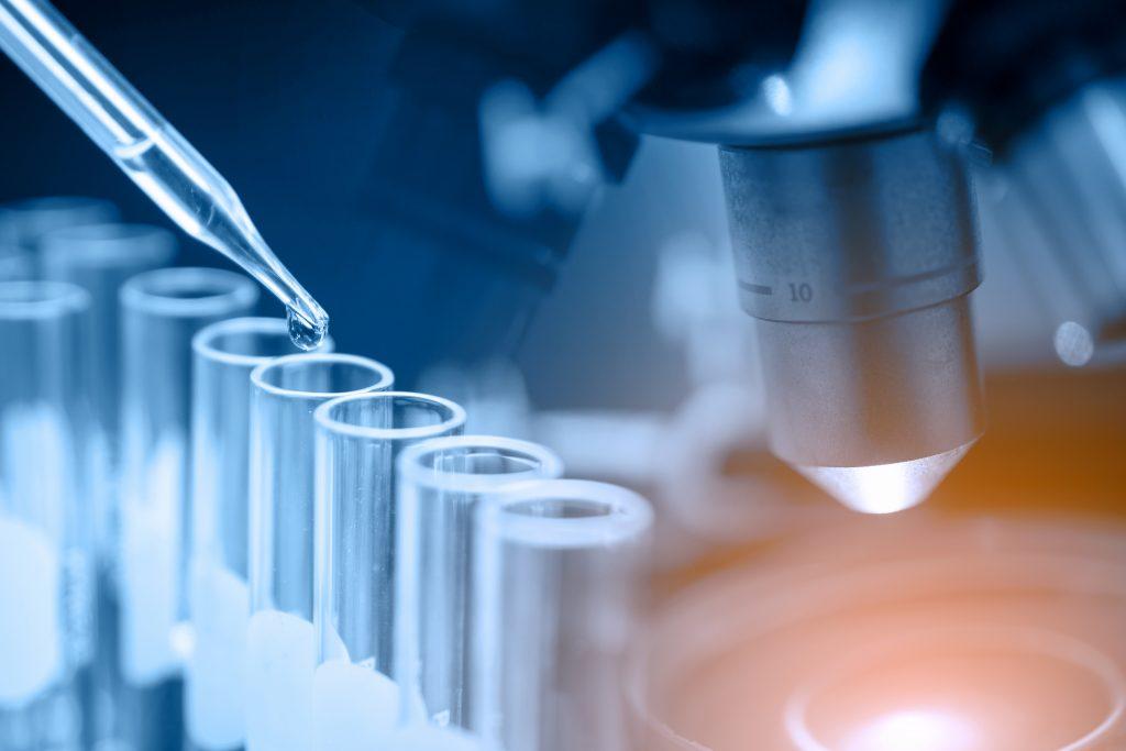 Projeto de Lei visa criar Dia Nacional do Laboratório Clínico
